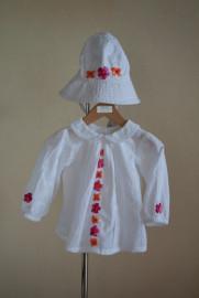 Barnklänning med orange/cerise blommor - Inspiration & Idéer